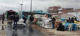 PUNO: INVESTIGAN A POLICÍAS Y ADUANEROS POR COBRAR COIMAS A CAMIONES CON CONTRABANDO