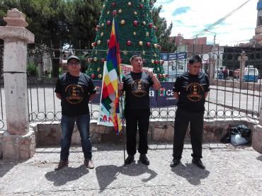 Etnocaceristas hacen plantón y piden vacancia de PPK