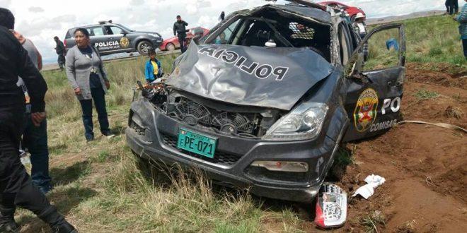 VEHÍCULO DE LA POLICÍA PROTAGONIZA ACCIDENTE