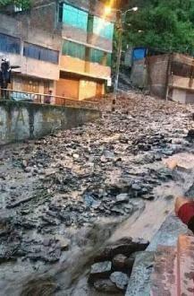 Sandia: viviendas afectadas, carreteras bloqueadas y labores suspendidas en Sandia tras huayco
