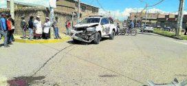 Ayaviri: Camioneta policial colisiona contra pequeño camión y todos guardaron silencio