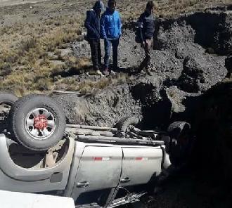 Accidente en carretera Juliaca – Sandia deja dos fallecidos