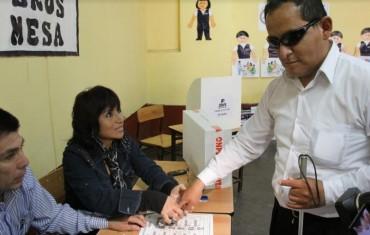 ONPE dispondrá mesas de sufragio para personas con discapacidad
