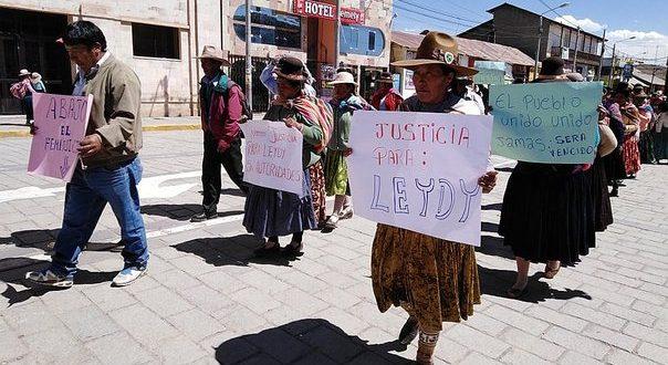 Ayaviri: población se moviliza pidiendo justicia para víctima de feminicidio